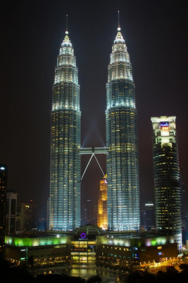 2560x1024 singapore night petronas - photo #18