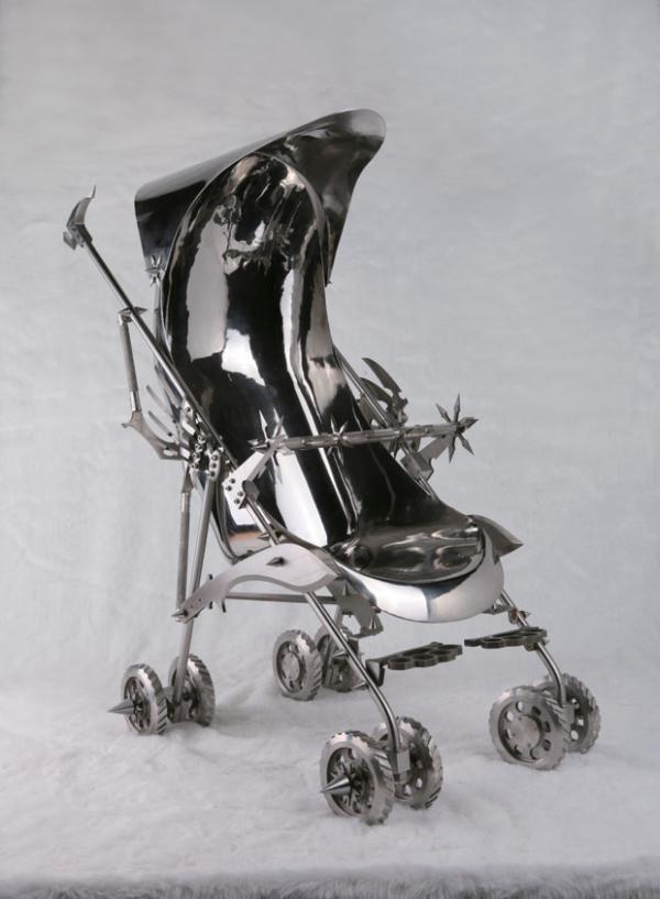 АН чжа коляска - Нержавеющая сталь скульптуры Ши Цзиньсун <3 !