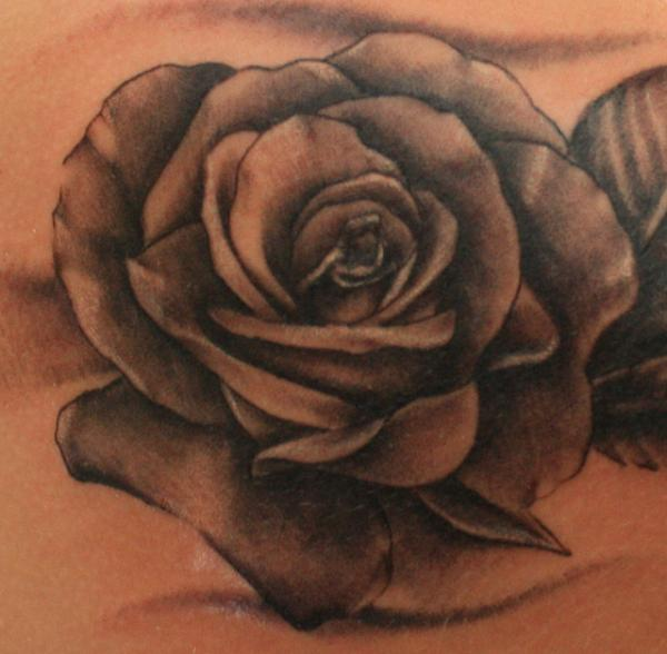 Tattto: 25 Rose Tattoo Designs