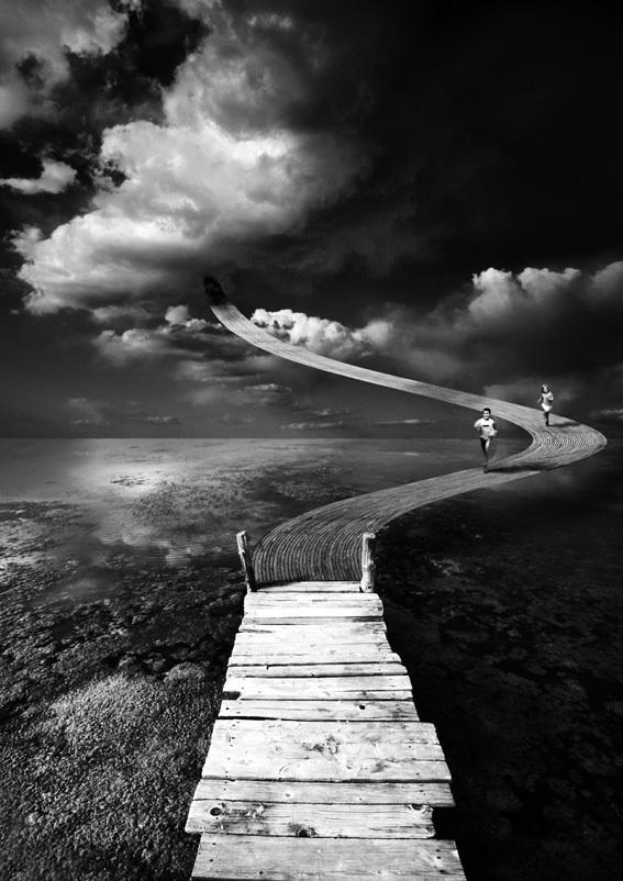 Amazing surreal photography by alastair magnaldo art and - Chaise noir et blanc design ...
