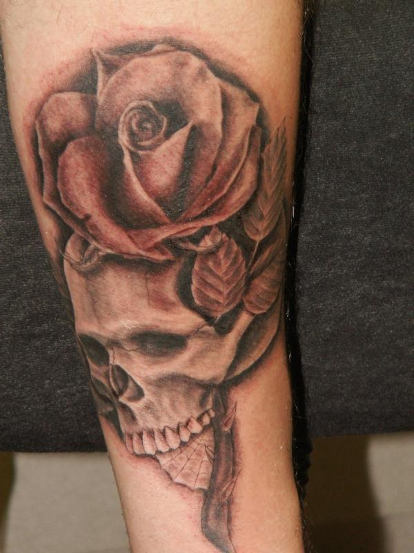 90e36b2a09b1a skull tattoo rose - 100 Awesome Skull Tattoo Designs <3 <3 ...