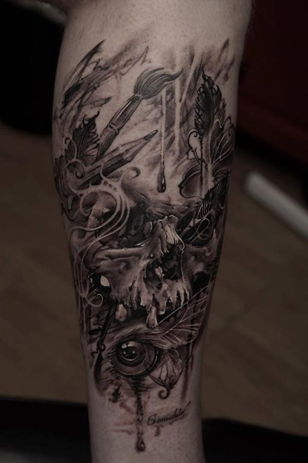 67- Skull tattoo on leg
