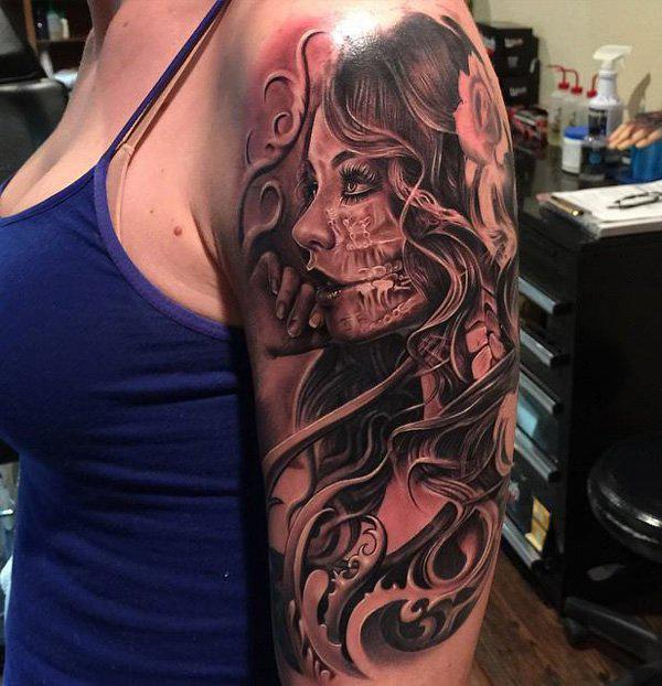 75-Girl with skull tattoo