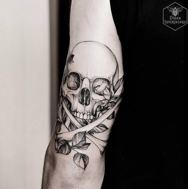78-Skull tattoo