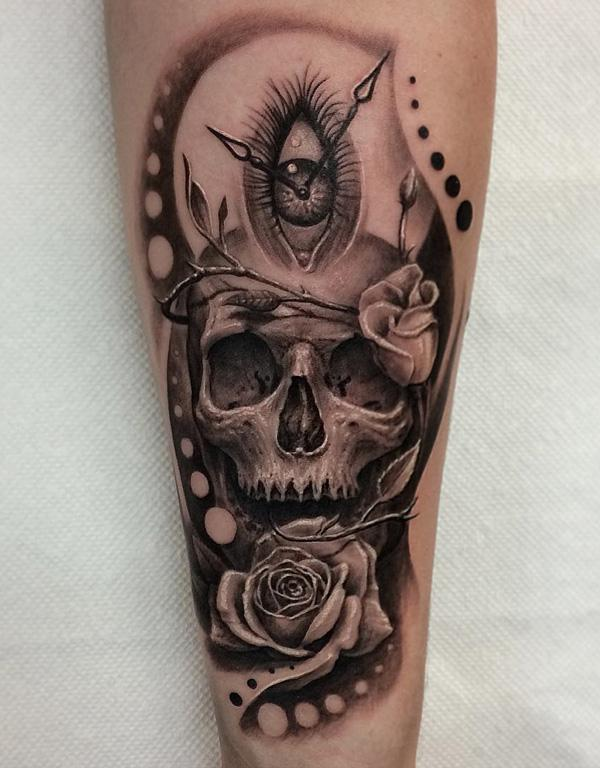81-3D skull with rose tattoo
