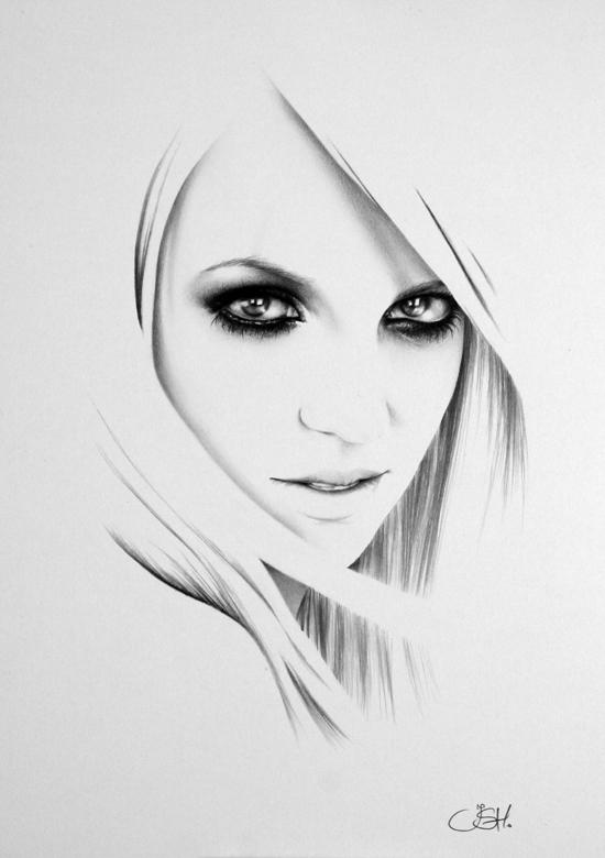 Britney minimal realistic pencil drawings by ileana hunter