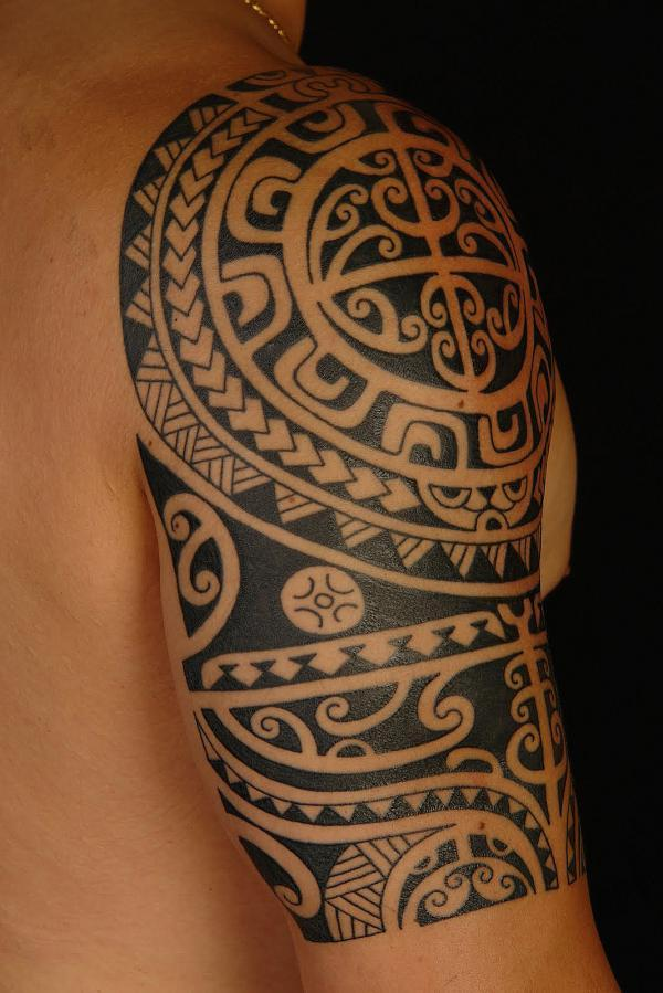 polynesian shoulder tattoo600_899