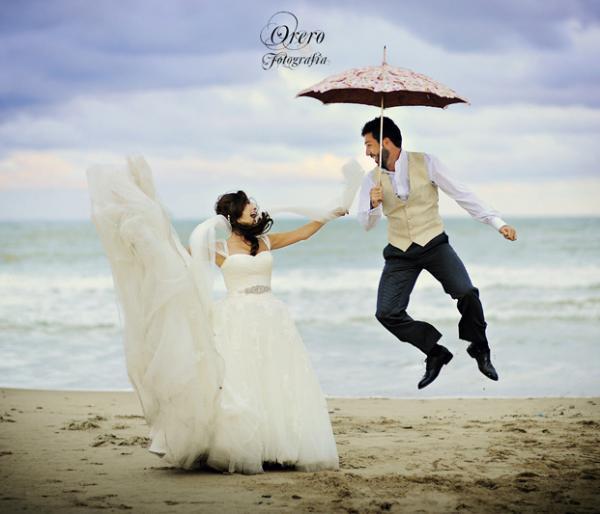 Umbrella Wedding 50 Creative Ideas Of Photography 3