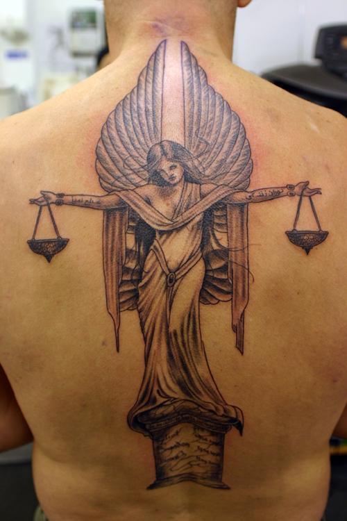 Angel và vảy hình xăm - 60 Thánh Thiên thần Tattoo Designs <3 <3