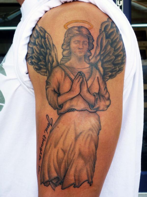 Đen một thiên thần hình xăm màu xám - 60 Thánh Thiên thần Tattoo Designs <3 <3