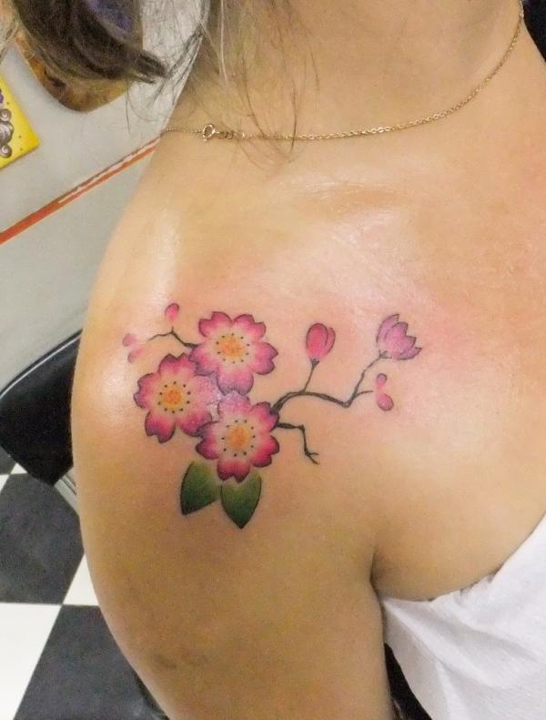 Flor de Cerejeira - 30 ảnh vui nhộn Cherry Tattoos Designs <3 <3