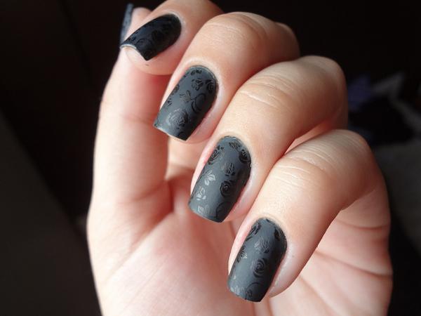 40 examples of elegant nail art art and design nail art 40 examples of elegant nail art 3 3 prinsesfo Images