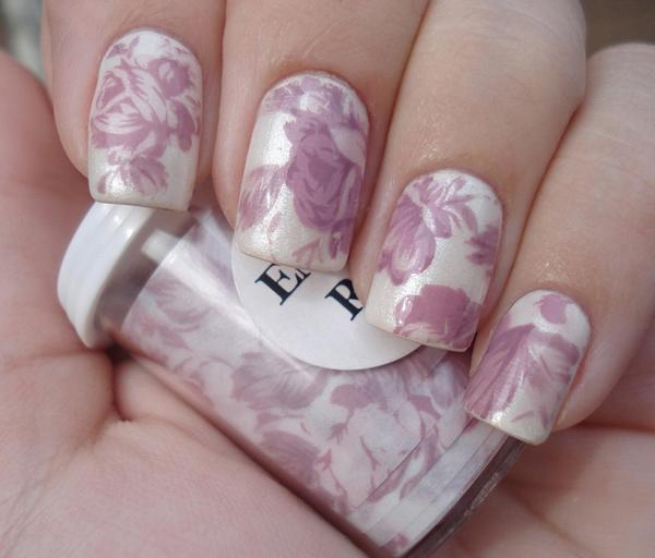 40 Examples of Elegant Nail Art | Art and Design