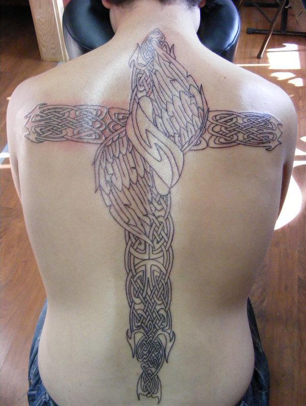 50 kreative Cross Tattoo Designs