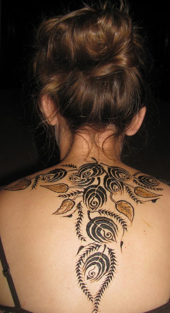 Henna rose tattoo for Rose henna tattoo