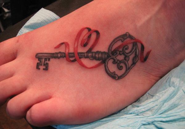 xăm phím trên bàn chân - 50 ảnh vui nhộn Foot Tattoo Designs <3 <3
