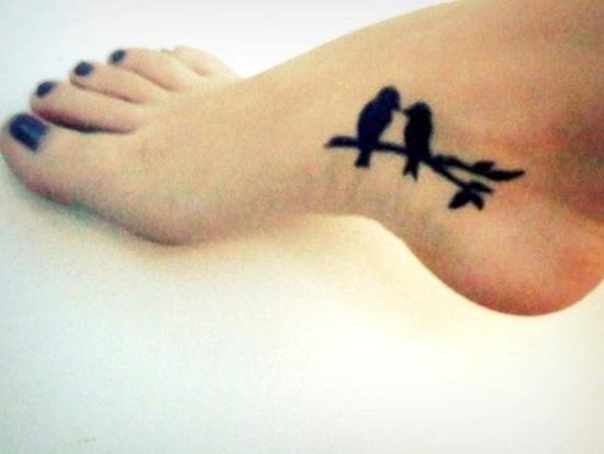 hình xăm chim đi bộ - 50 ảnh vui nhộn Foot Tattoo Designs <3 <3