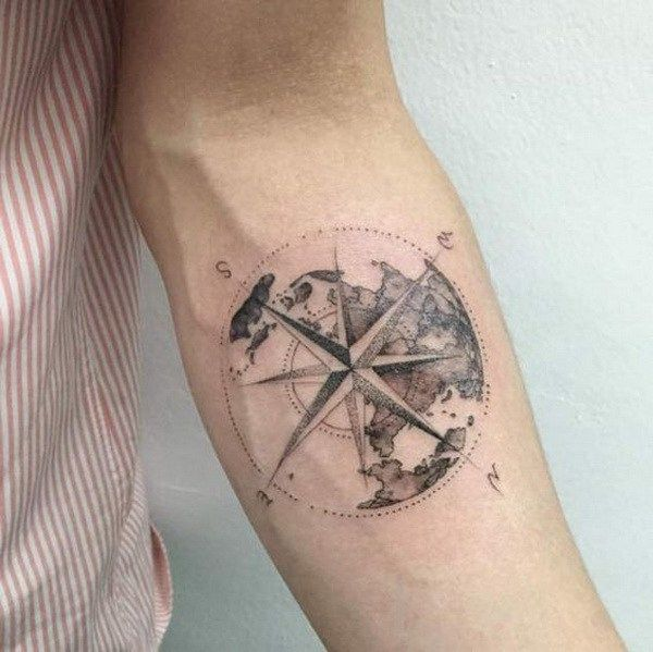 4527f3a01 100 Awesome Compass Tattoo Designs | Art and Design