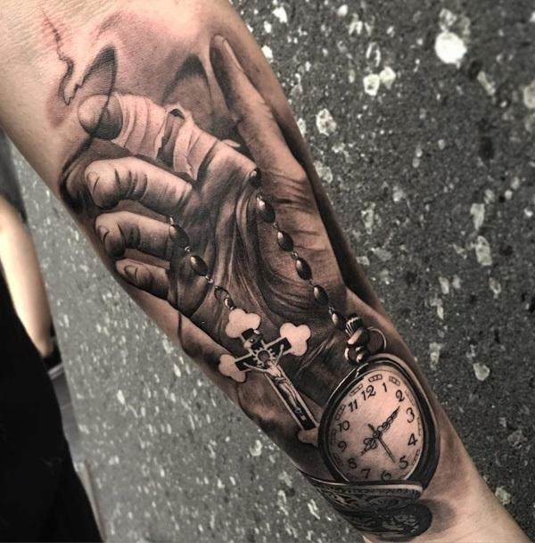 3d-pocket-watch-and-hand-tattoo-43