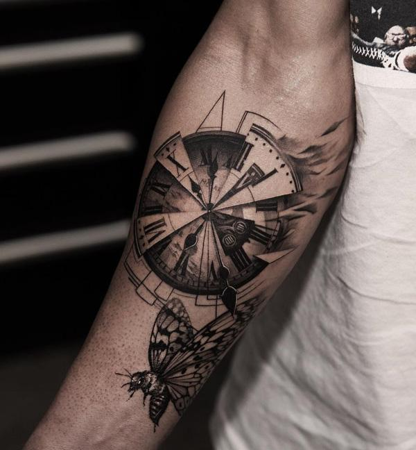 watch-and-moths-tattoo-56