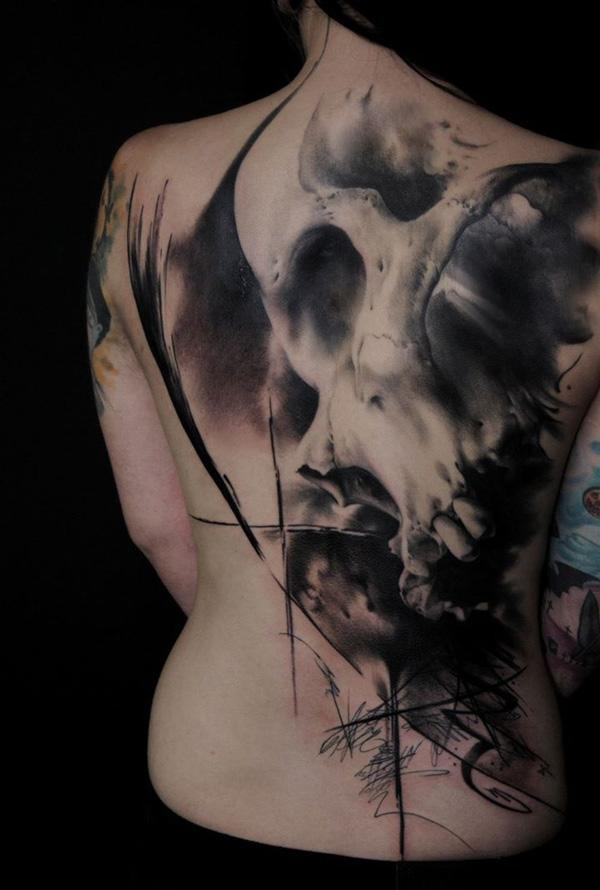 skull-back-tattoo-70