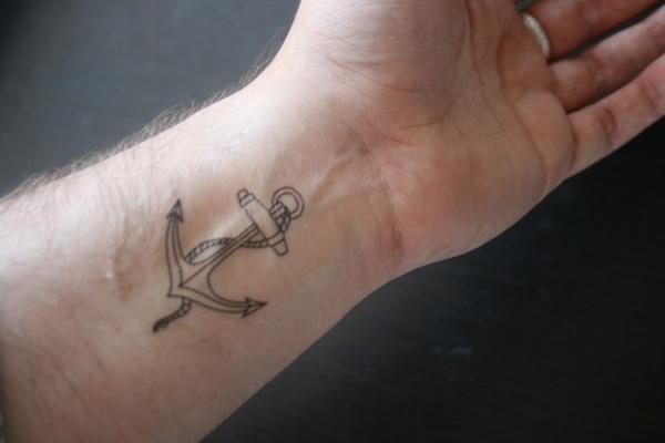 Cool Wrist Tattoo Ideas: 50 Eye-Catching Wrist Tattoo Ideas