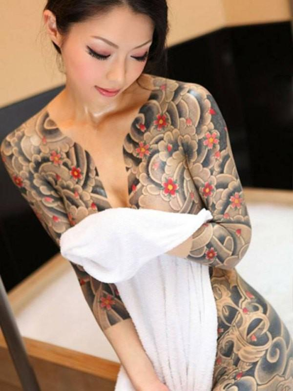 Japanese tattoo girl
