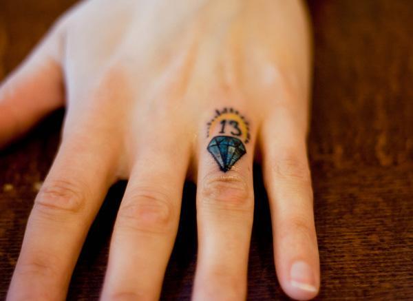 Tattoo Wedding Ring Ideas 40 Fresh Diamond Finger Tattoo Cute