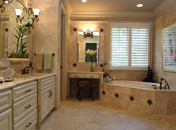 Vintage Comfort and luxury met in this bathroom