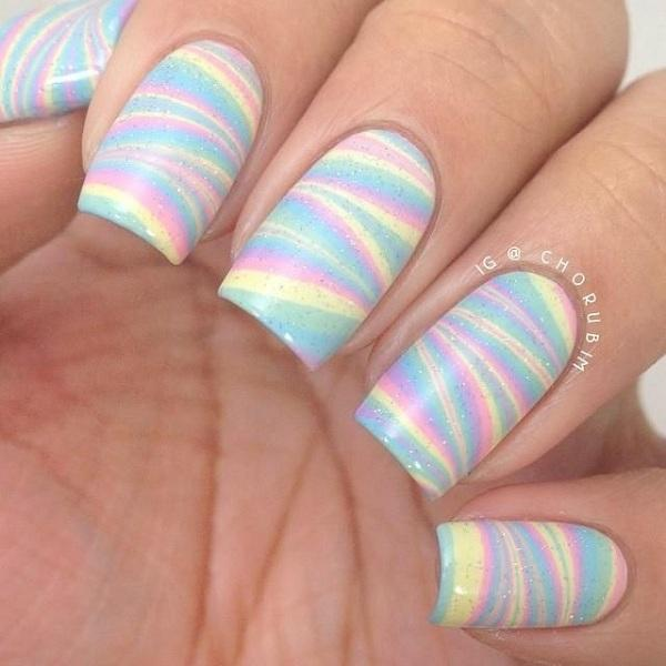 Cool watermarble  nail art