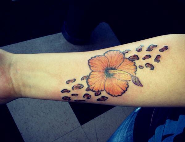 a4f0572e9 cheetah print flower tattoo - 30+ Cheetah and Leopard Print Tattoos for  Women <3 ...