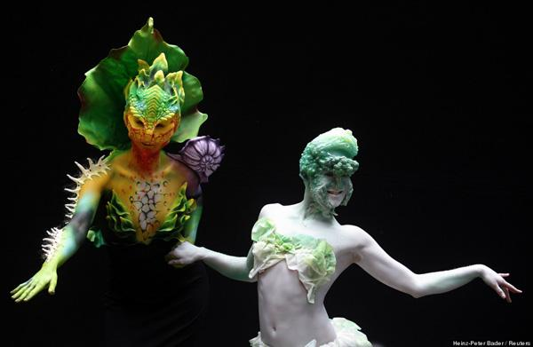 body paint camouflage images