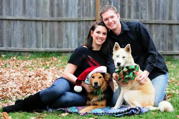 Holiday Themed Family Pictures Are Always Special And Here Matching Outfits