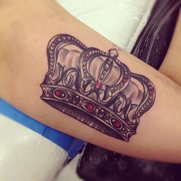 91c91816b Crown Tattoo - 50 Meaningful Crown Tattoos ...