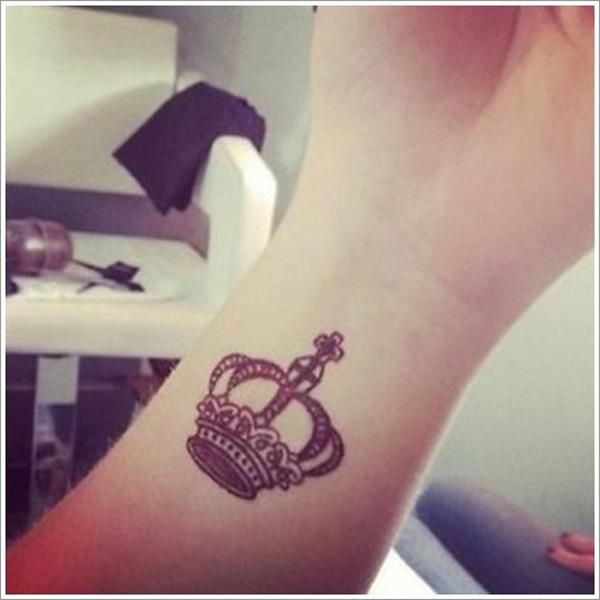 50 Meaningful Crown Tattoos