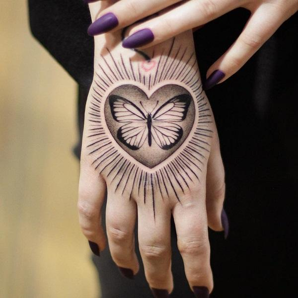 60 Eye-Catching Tattoos on Hand | Art and Design
