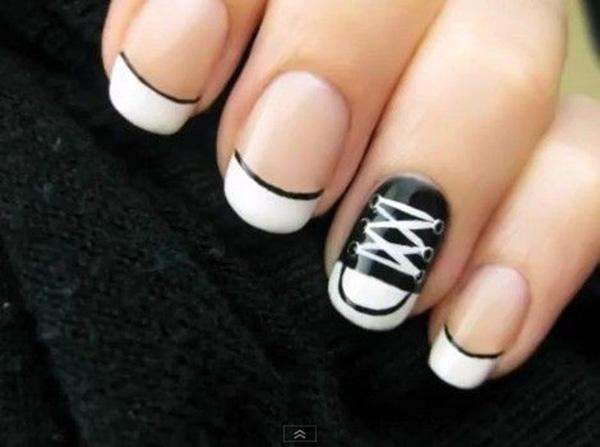 60 examples of black and white nail art art and design black and white nail art 60 examples of black and white nail art 3 prinsesfo Image collections