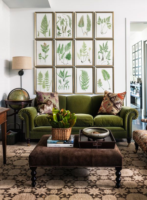 Leafy Green Inspired Living Room Dcor Group Together Your Favorite Leaf Paintings Or Pictures And