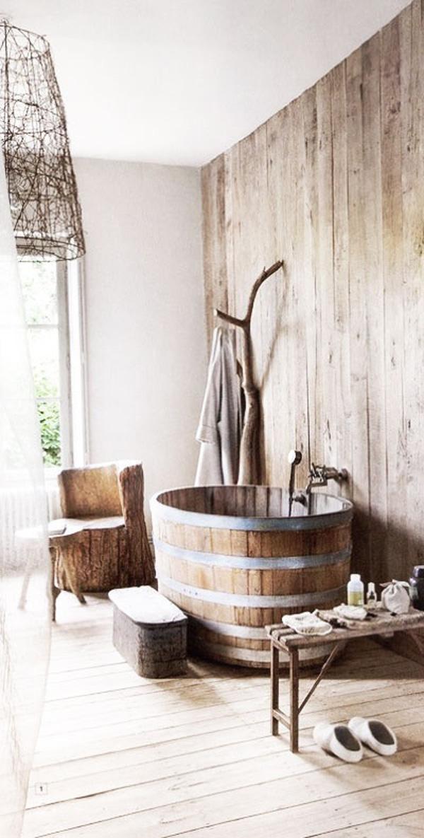 Japanese bath tub.