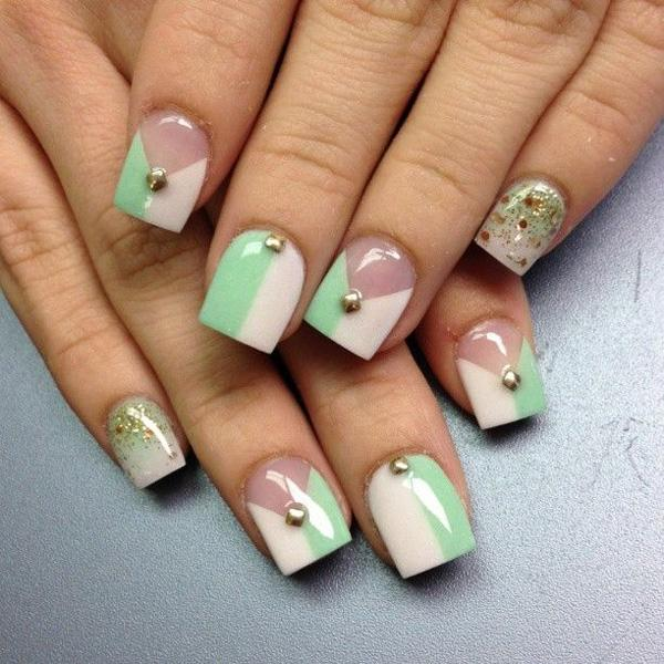 17 French Manicure