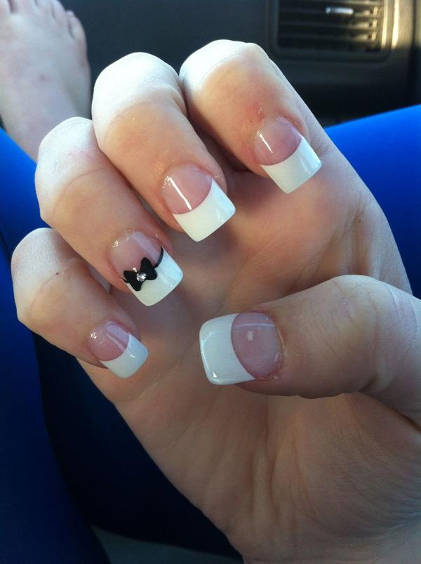 simple and classic thick french tip with a cute bow the nails are coated with - Nail Tip Designs Ideas