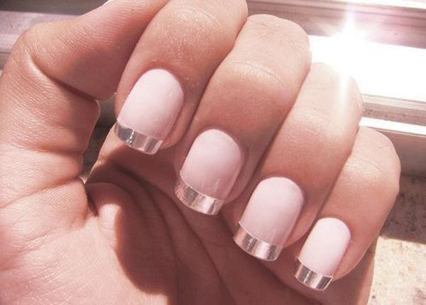 27 French Manicure