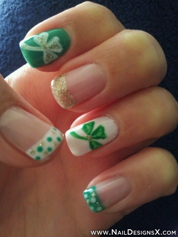 44 Lucky Clover French Manicure