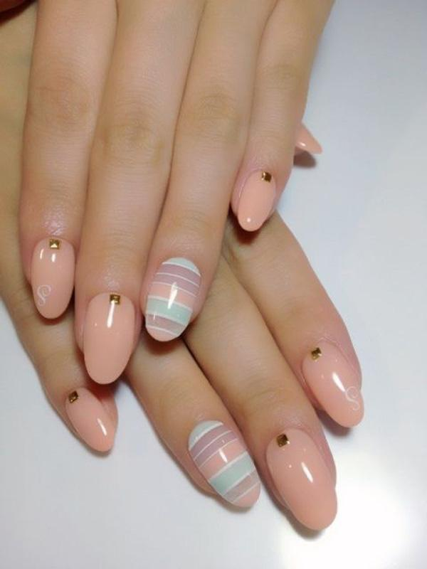 Japanese boys beach nail