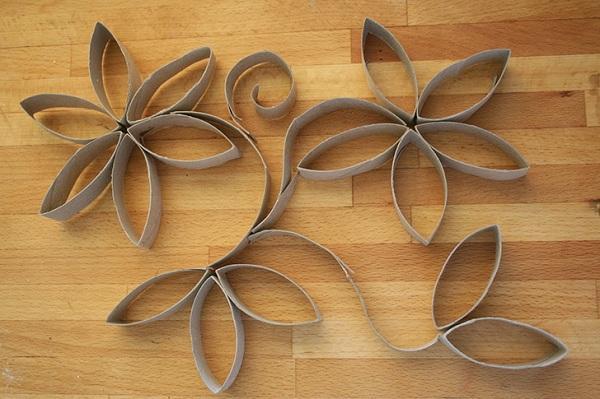 framed-paper-rolls-flower-decoration