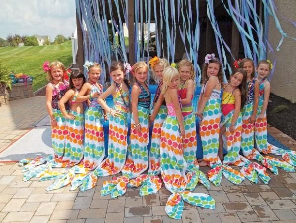 Summer Birthday Party For Girls_DIY Mermaid Tail Wrap Arounds