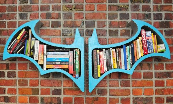 Superhero Hanging Bookshelf