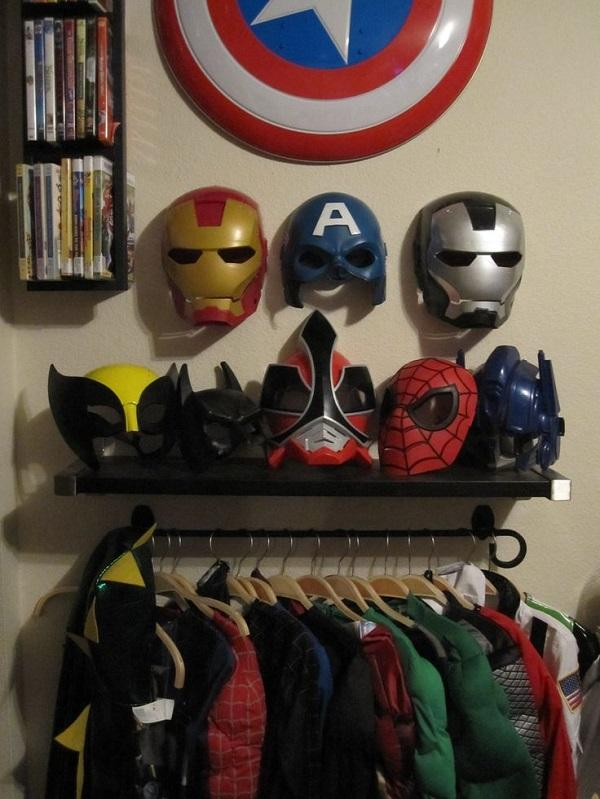 Superhero Masks & Costumes