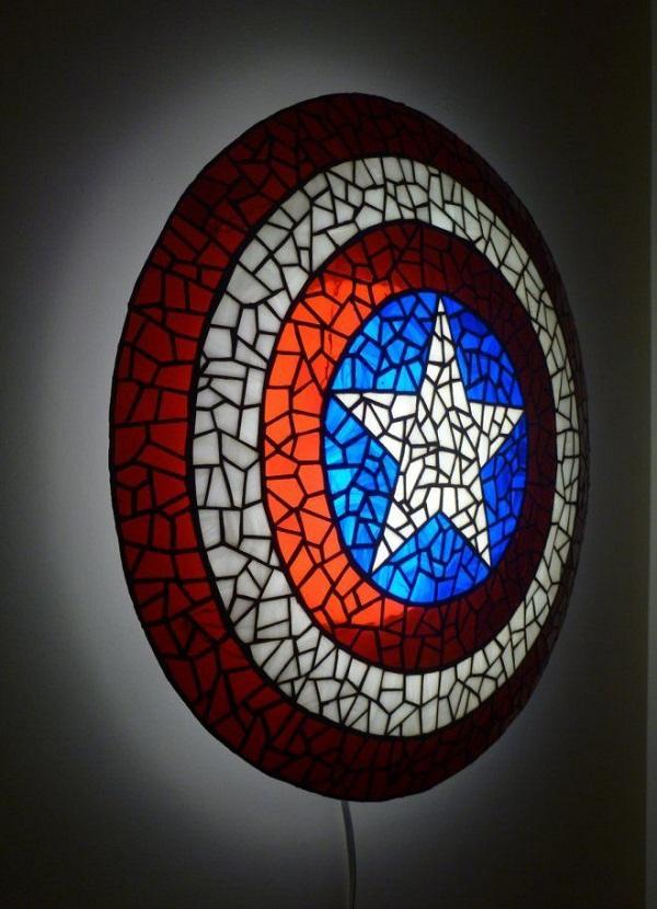 Superhero Novelty Captain America Shield Lamp