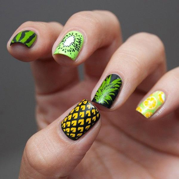 Fill up your nails with this amazing tropical fruit inspired nail art! Coated on with watermelon, oranges and pineapple in bright green, orange and yellow orange colors, even you will find yourself wanting to nibble on them! Fresh and juicy nail art design perfect for the summer!
